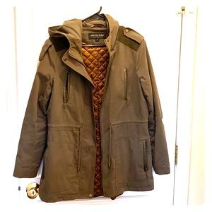Transitional weather jacket in great condition